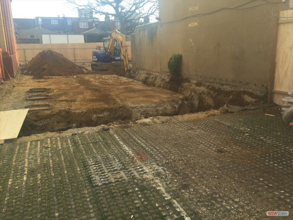17/02/16 Foundation work commences