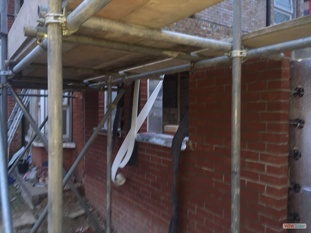 12/04/16 External brick work