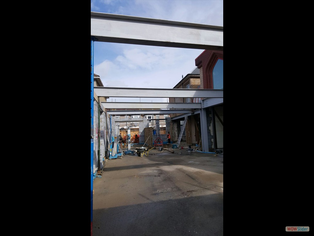 12/04/16 External steel work